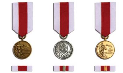 Złoty medal Za Zasługi dla Pożarnictwa